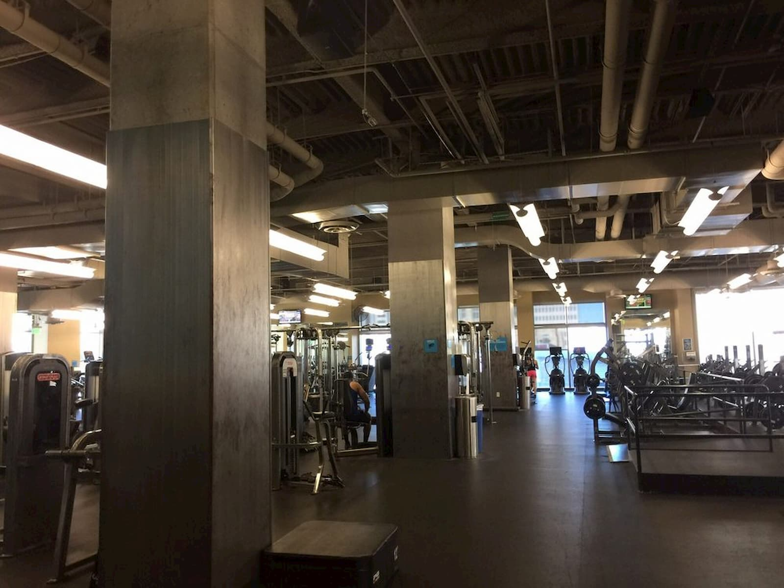 EoS Fitness - Downtown Phoenix training area