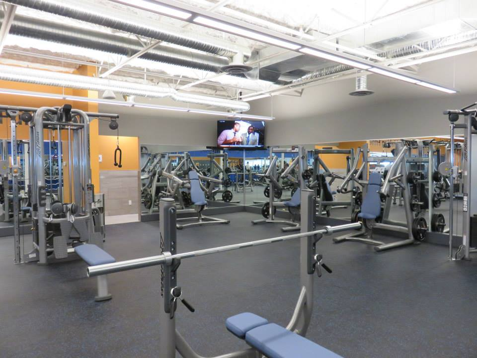 Club16 Trevor Linden Fitness - North Vancouver interior