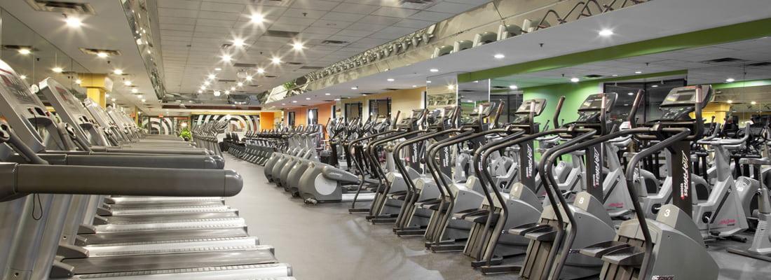 Steve Nash Fitness World - Cambie interior