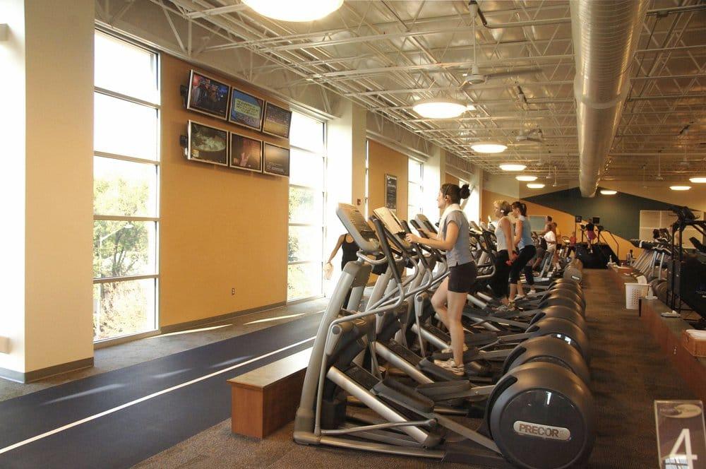 acac Fitness & Wellness Center - Downtown interior