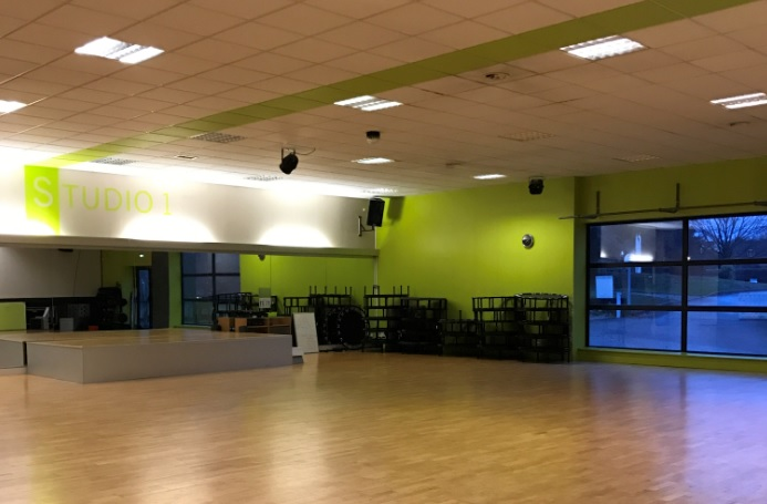 Genae Fitness Club - Ecully interior
