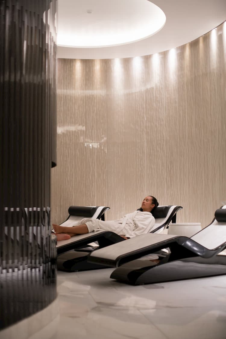 relaxation chairs with people in them