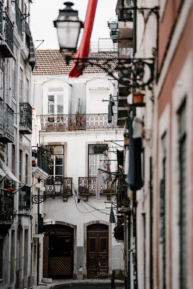 Snapshot of Mouraria, Lisbon