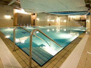 1Escape swimming pool